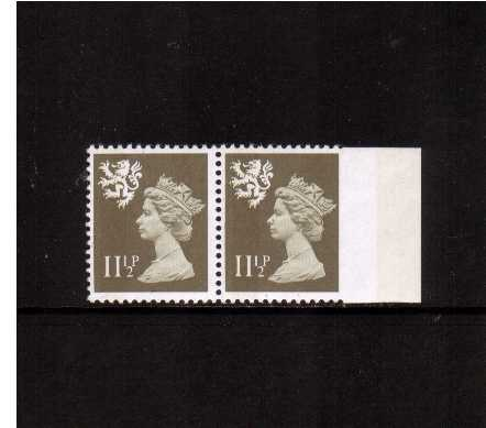 view larger image for SG S36var (1981) - <b>SCOTLAND</b> - 11�p Drab superb unmounted mint right side marginal pair showing the SG unlisted variety 'Imperforate between stamp and margin'